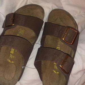 Birkenstock sandals in mocha